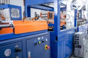 Productie piese plastic pentru industria automotive prin procedeul de injectie mase plastic